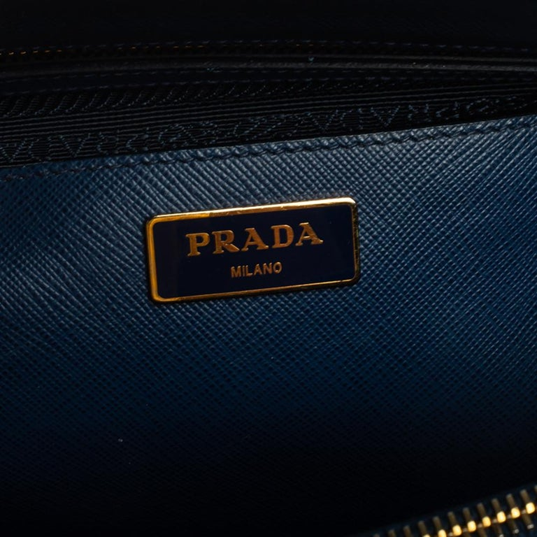 Prada Blue Saffiano Lux Leather Large Double Zip Tote For Sale 3