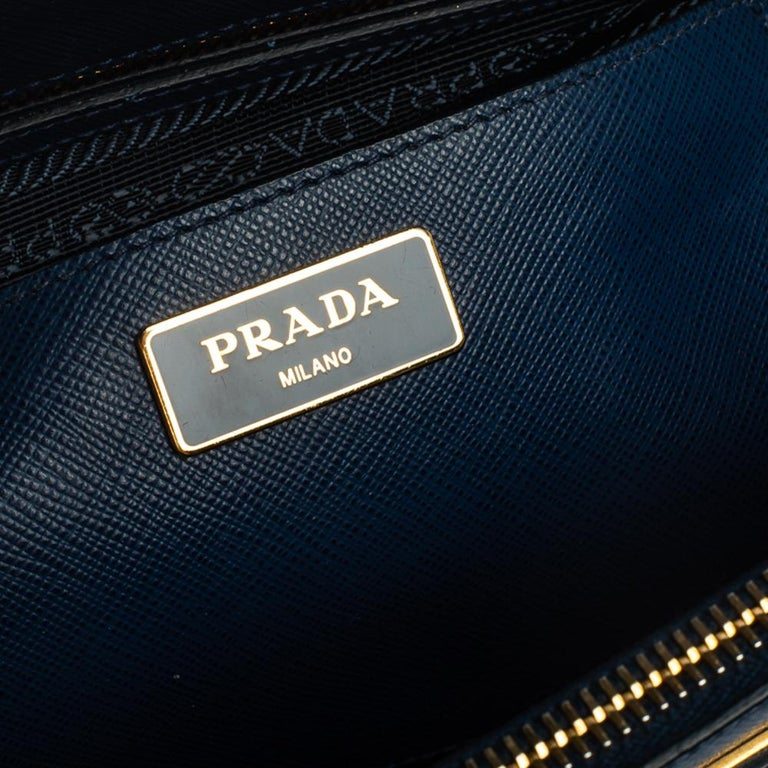 Prada Blue Saffiano Lux Leather Large Double Zip Tote For Sale 4