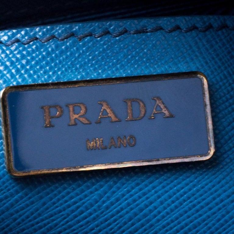 Prada Blue Saffiano Lux Leather Large Promenade Bag For Sale 5