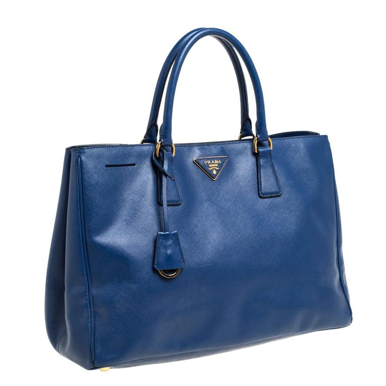Women's Prada Blue Saffiano Lux Leather Large Tote For Sale