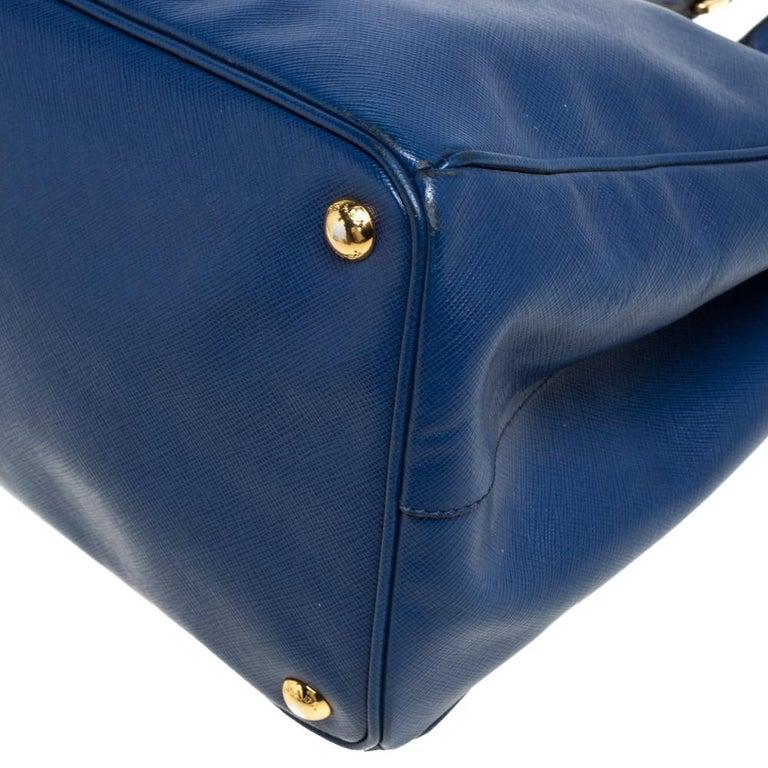 Prada Blue Saffiano Lux Leather Large Tote For Sale 2