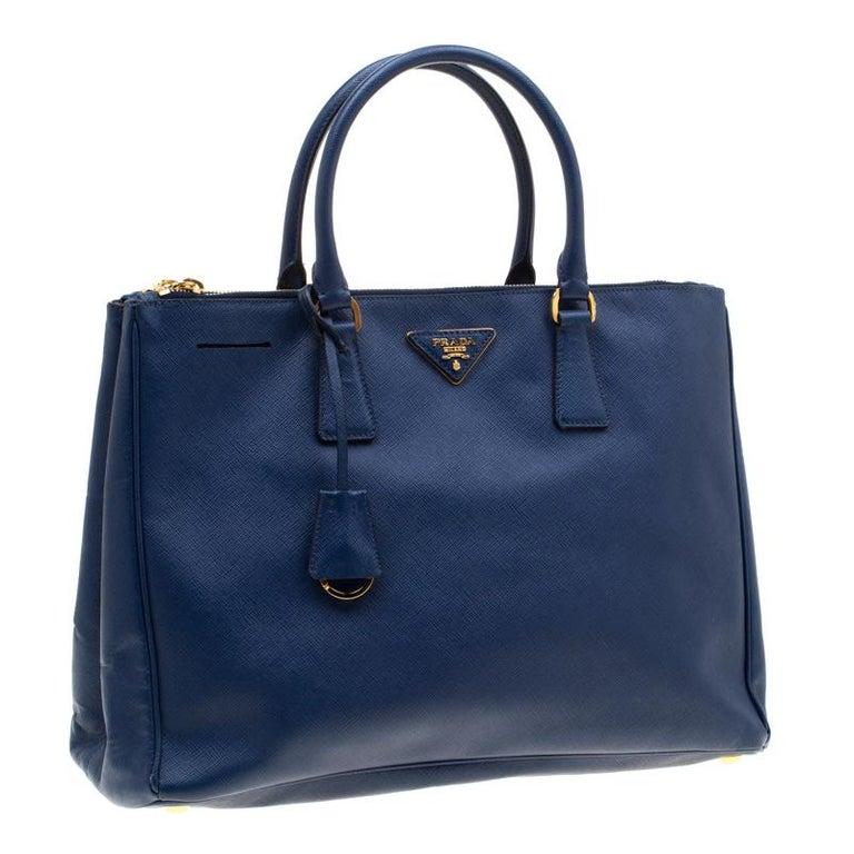 Women's Prada Blue Saffiano Lux Leather Medium Double Zip Tote For Sale