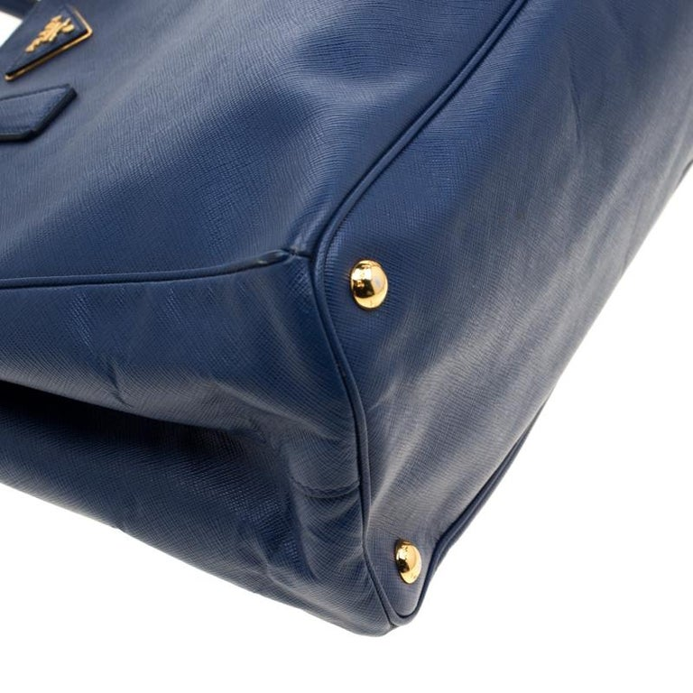 Prada Blue Saffiano Lux Leather Medium Double Zip Tote For Sale 4