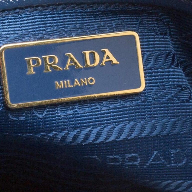 Prada Blue Saffiano Lux Leather Parabole Tote For Sale 5