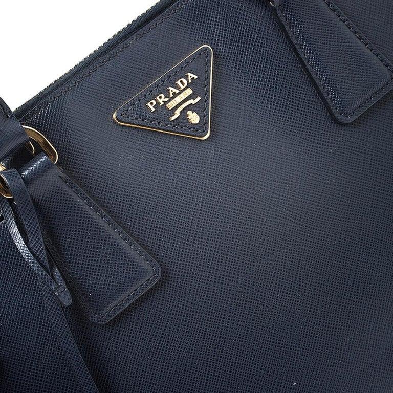 Prada Blue Saffiano Lux Leather Promenade Bag For Sale 2