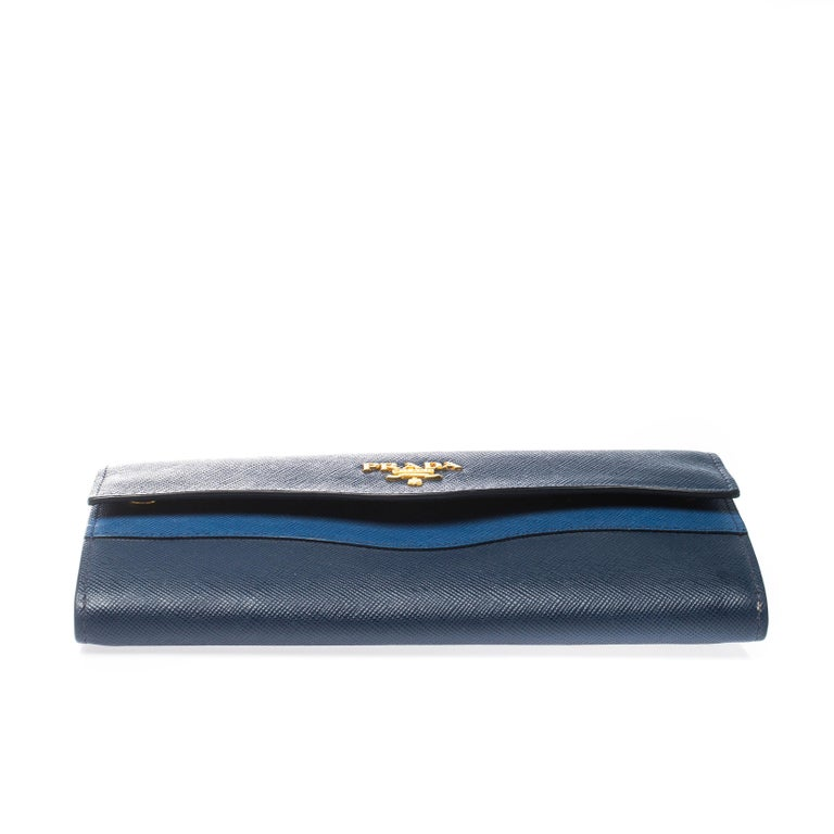Women's Prada Blue Saffiano Lux Leather Wave Continental Wallet For Sale