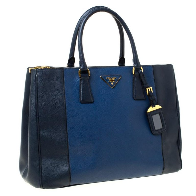 Prada Blue Two-Tone Saffiano Lux Leather Large Double Zip Tote For Sale 7