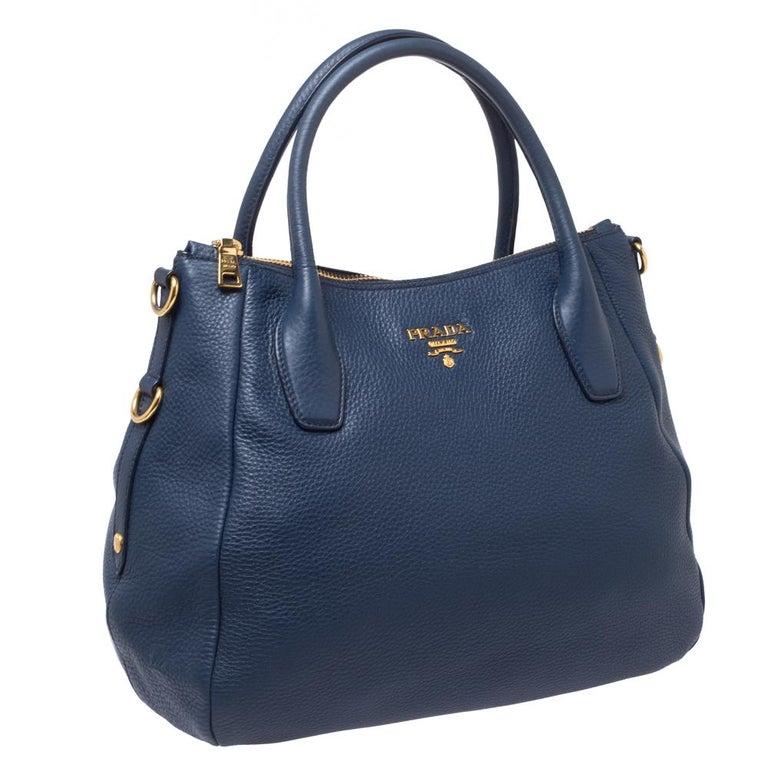 Prada Blue Vitello Daino Leather Sacca 2 Manici Hobo In Good Condition For Sale In Dubai, Al Qouz 2