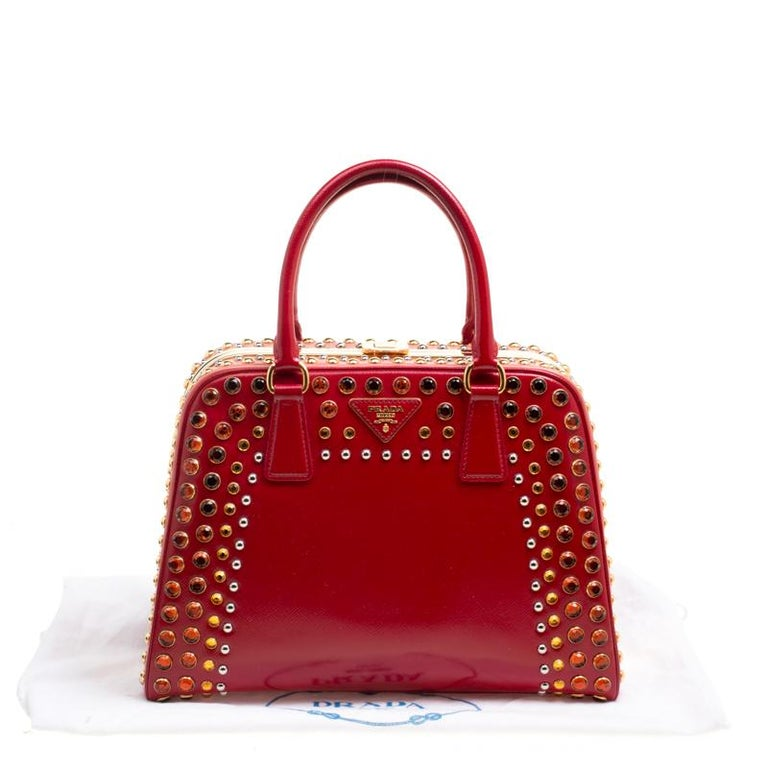 Prada Blush Pink/Red Patent Leather Pyramid Frame Top Handle Bag For Sale 4
