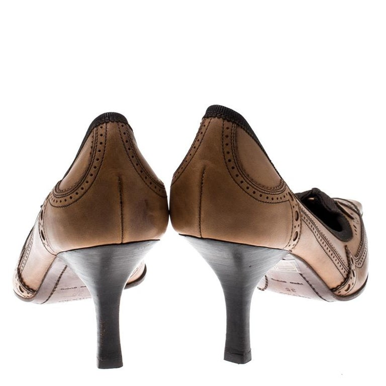 Women's Prada Brown Brogue Leather Pointed Toe Pumps Size 38 For Sale