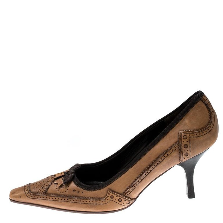 Prada Brown Brogue Leather Pointed Toe Pumps Size 38 For Sale 1