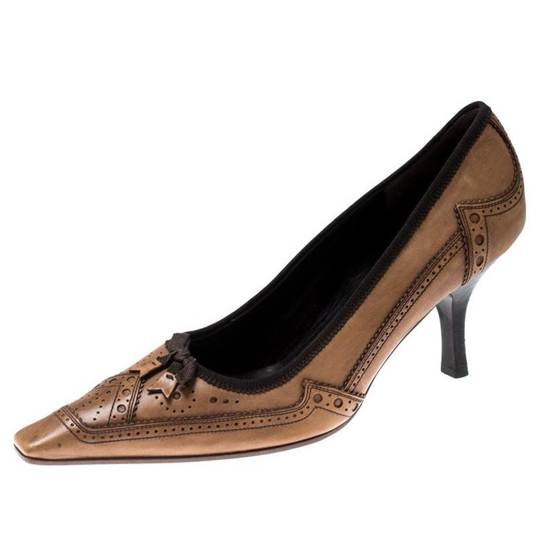 Prada Brown Brogue Leather Pointed Toe Pumps Size 38 For Sale
