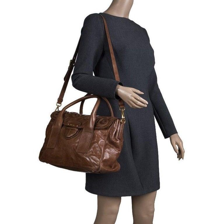 Prada Brown Glazed Leather Top Handle Bag In Good Condition For Sale In Dubai, Al Qouz 2
