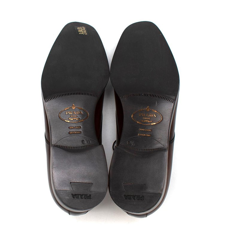 Prada Brown Leather Lace-up Shoes - Us size 9.5 For Sale 4