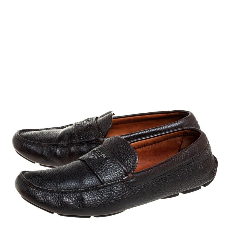 Black Prada Brown Leather Slip On Loafers Size 41 For Sale