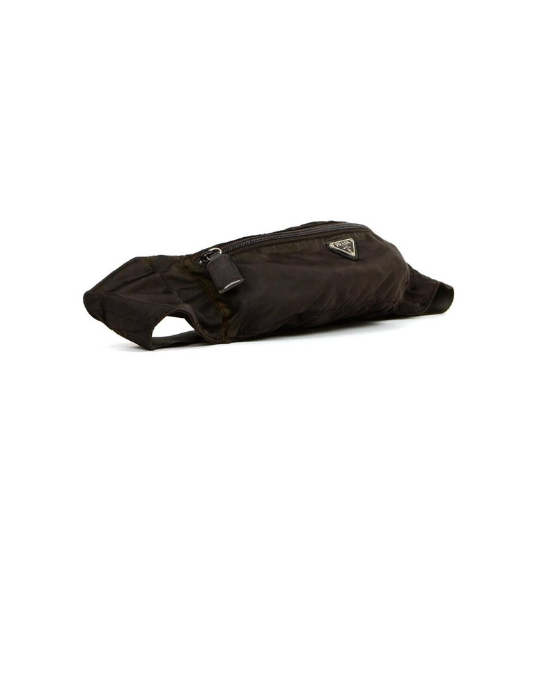 Prada Brown Nylon Zip Front Waist Bag/Fanny Pack In Good Condition For Sale In New York, NY
