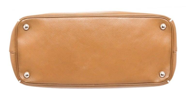 Women's Prada Brown Saffiano Leather Double Zip Tote Bag For Sale