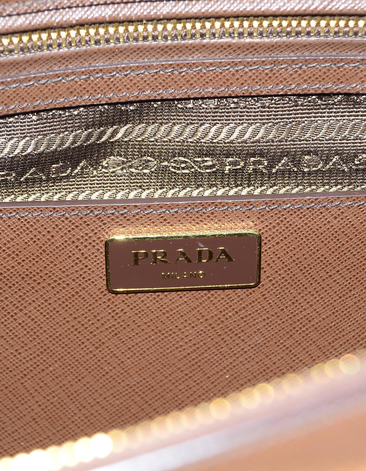 5ad21a72fa Prada Brown Saffiano Leather Medium Galleria Double Zip Tote Bag W  Strap  For Sale at 1stdibs