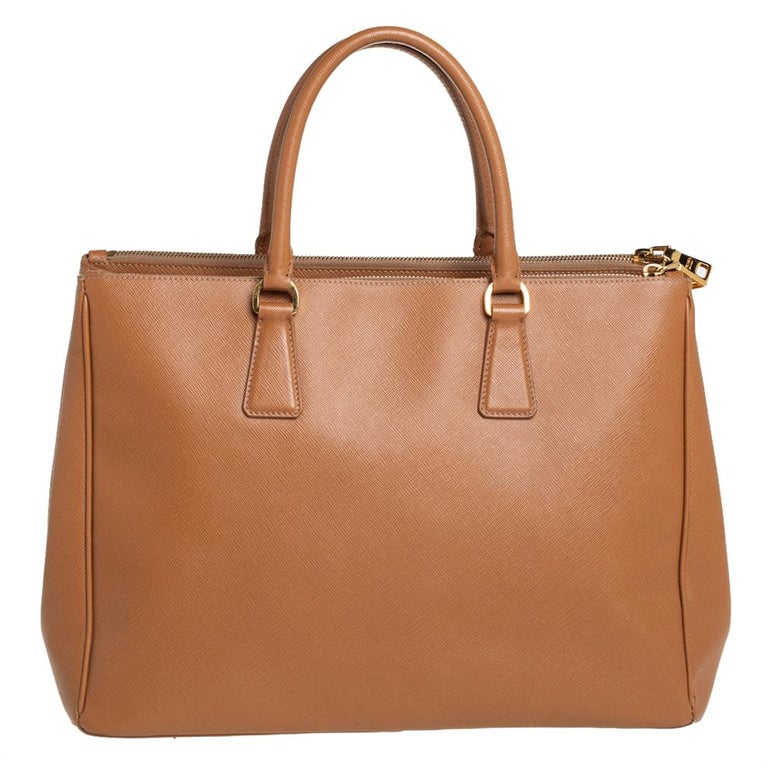 Women's Prada Brown Saffiano Lux Leather Large Double Zip Tote For Sale