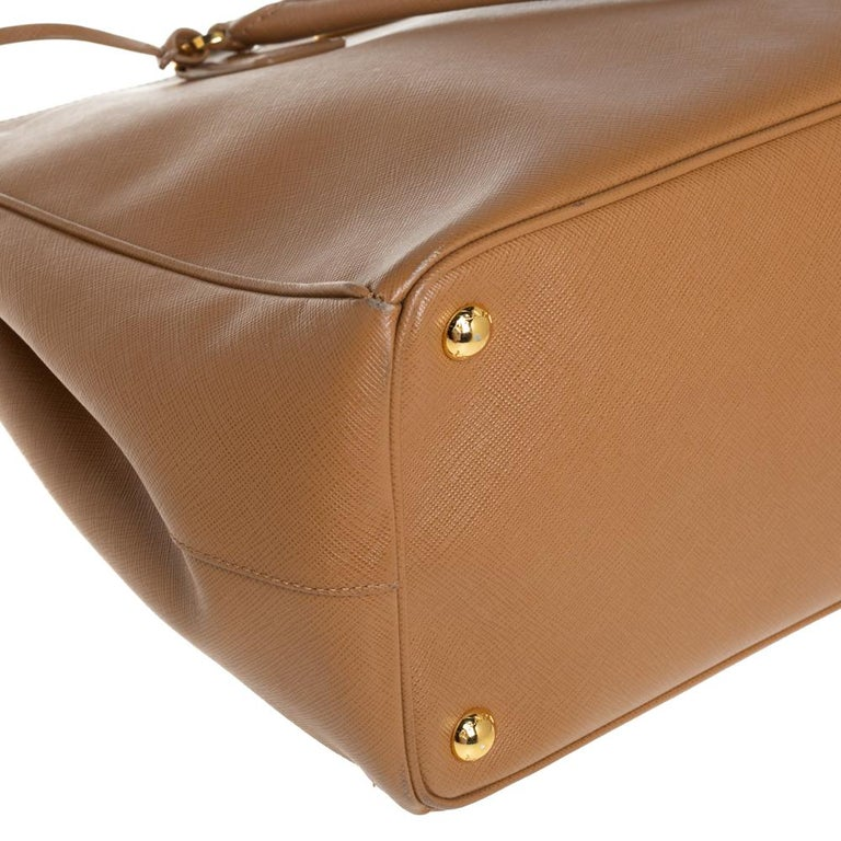 Prada Brown Saffiano Lux Leather Large Double Zip Tote For Sale 4
