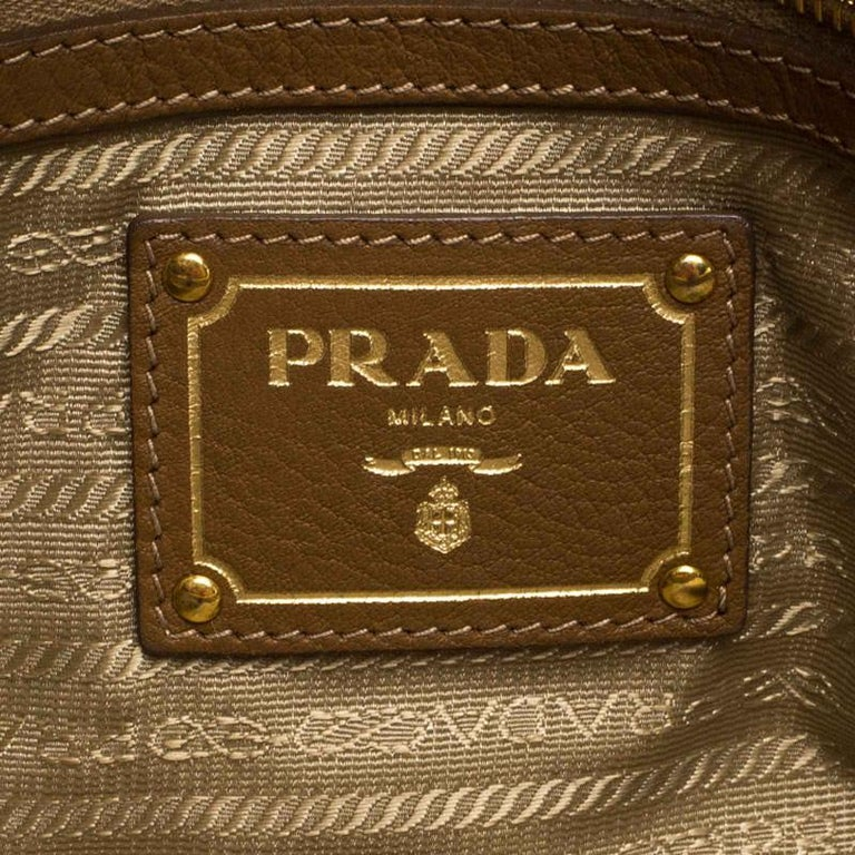Prada Brown Soft Leather Zipped Tote For Sale 6