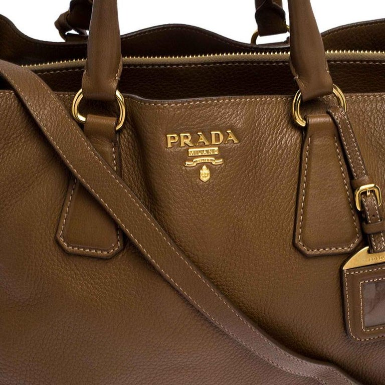 Prada Brown Soft Leather Zipped Tote For Sale 2