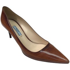 PRADA Brown Unfinished Patent Pointed Toe Heel - 41