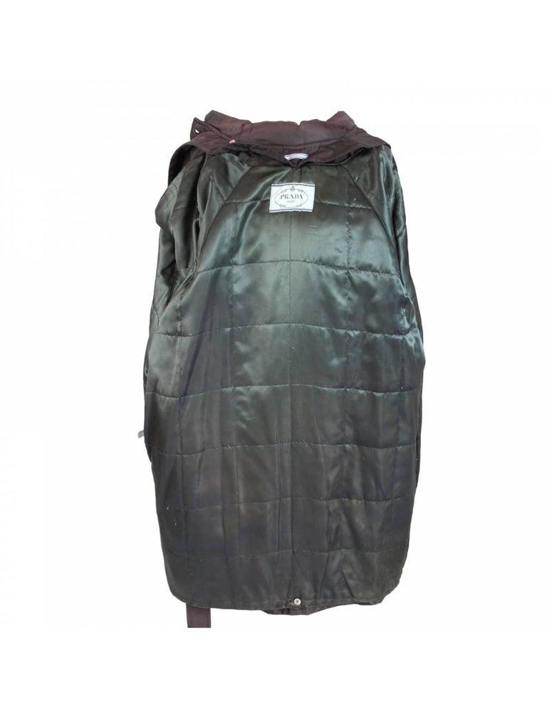 Prada Brown Waterproof Pocono Trench Coat In Excellent Condition For Sale In Brindisi, Bt