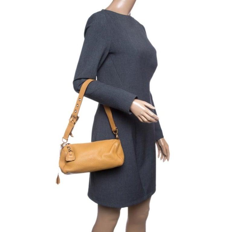 Prada Camel Leather Shoulder Bag In Good Condition For Sale In Dubai, Al Qouz 2