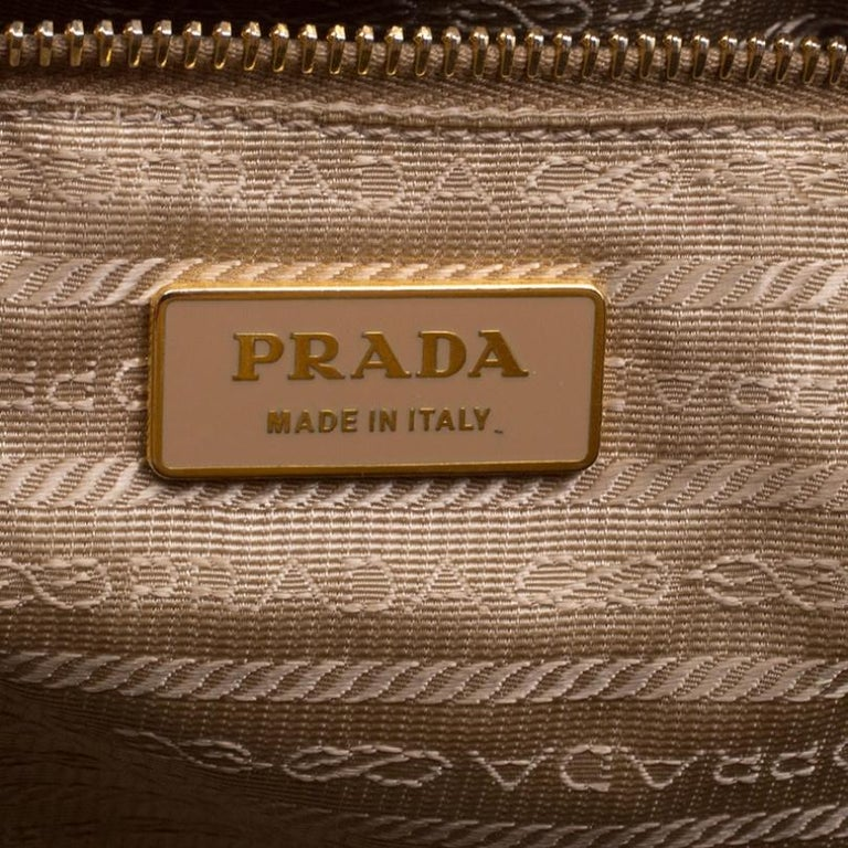 Prada Caramel Perforated Saffiano Lux Leather Large Gardener's Tote For Sale 2