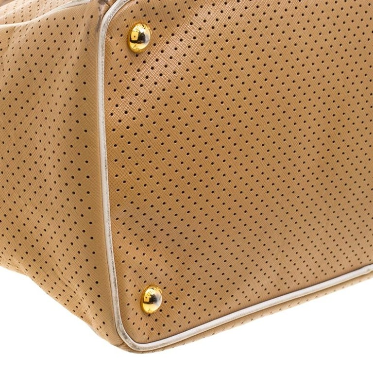 Prada Caramel Perforated Saffiano Lux Leather Large Gardener's Tote For Sale 4