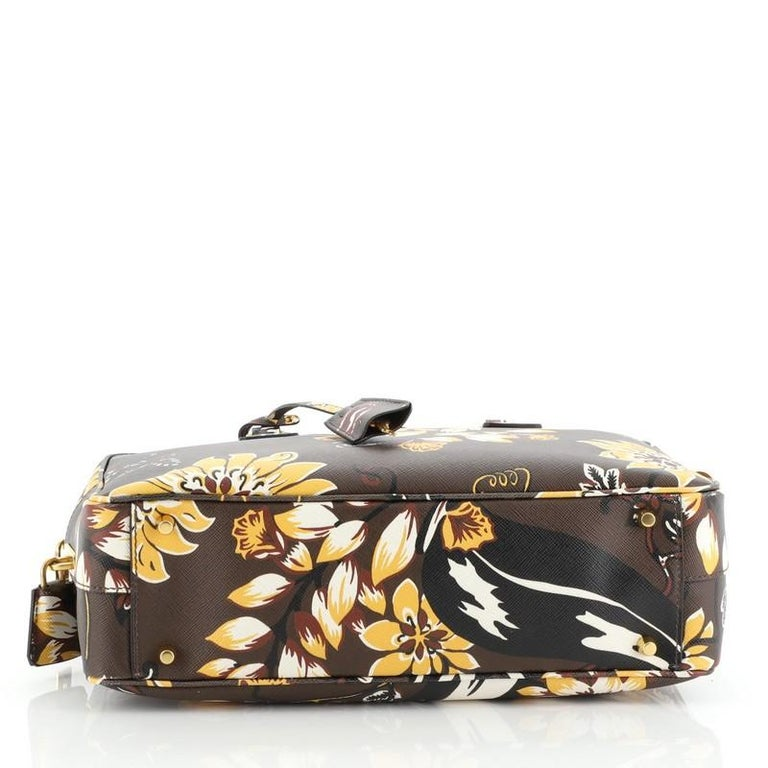 Prada Convertible Bauletto Bag Printed Saffiano Large In Good Condition For Sale In New York, NY