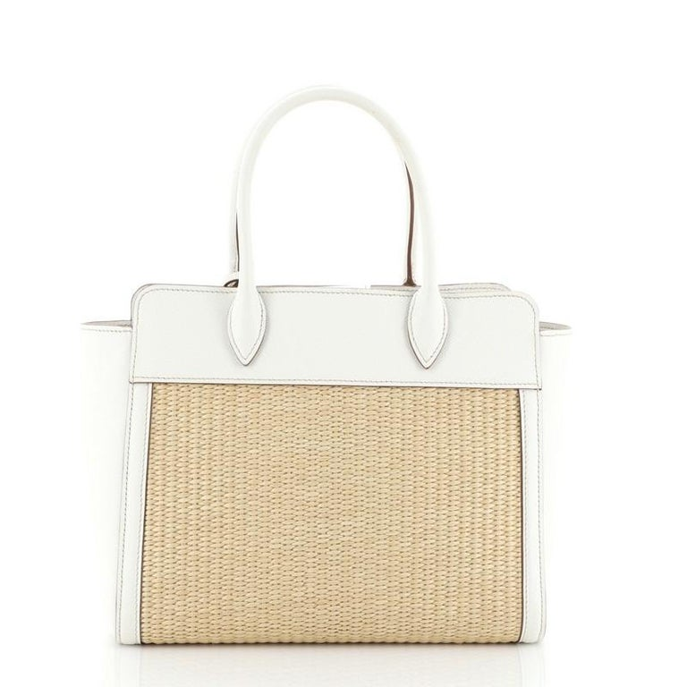 Prada Convertible Open Tote Woven Straw with Saffiano Leather Medium In Good Condition In New York, NY