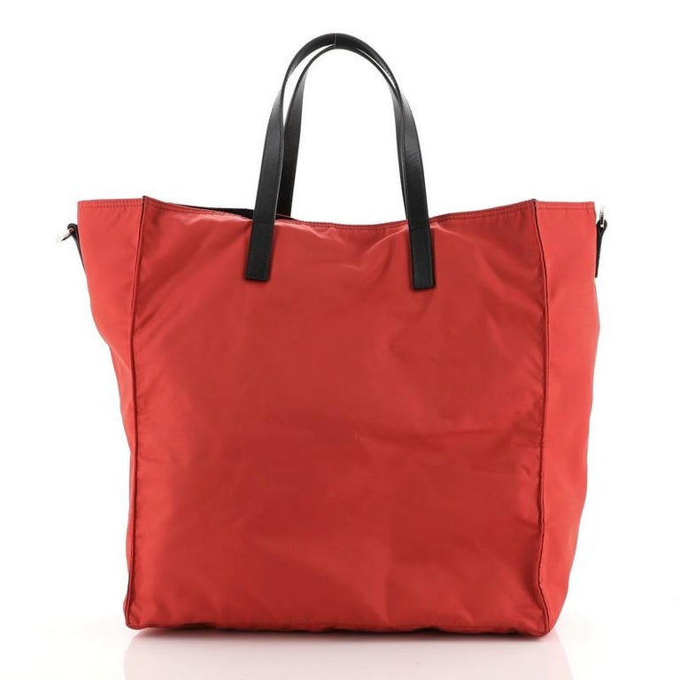 Prada Convertible Tote Tessuto Large In Good Condition For Sale In New York, NY