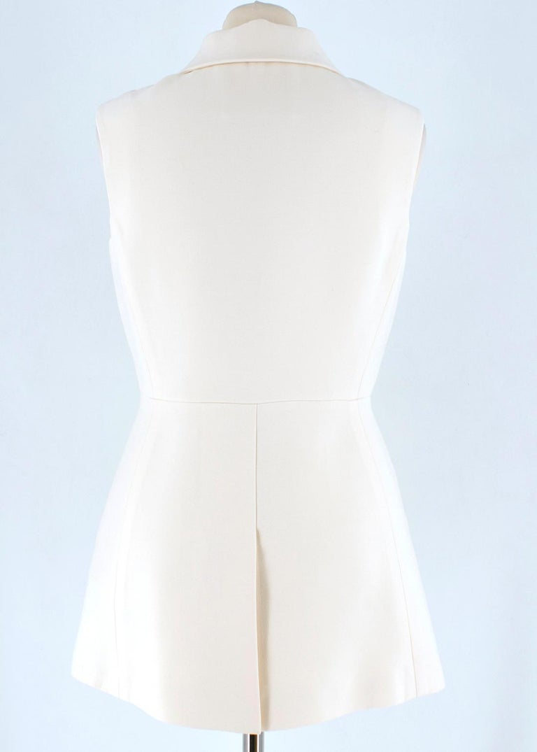 Prada Cream Sleeveless Wool Gilet SIZE 40 IT In Good Condition For Sale In London, GB