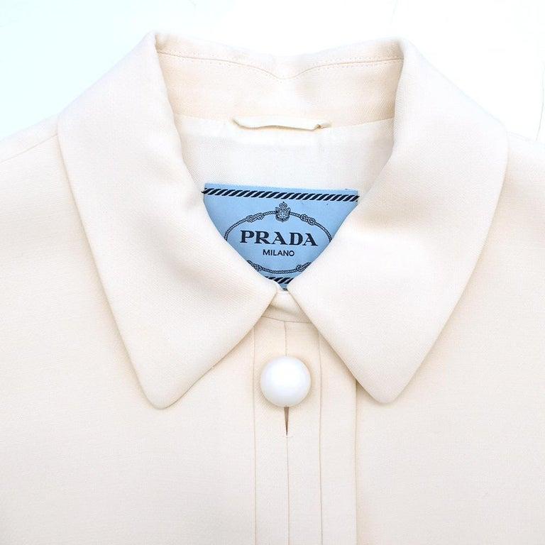Women's Prada Cream Sleeveless Wool Gilet SIZE 40 IT For Sale