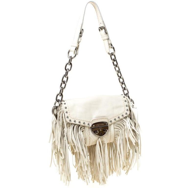 Prada Cream Vitello Shine Leather Fringe Shoulder Bag In Good Condition For Sale In Dubai, Al Qouz 2