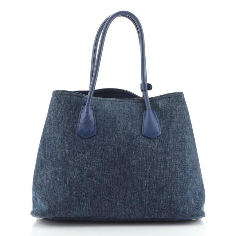 Prada Cuir Double Tote Denim with Leather Medium In Good Condition For Sale In New York, NY