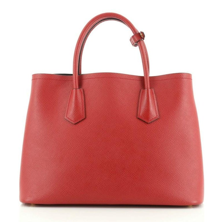 Prada Cuir Double Tote Saffiano Leather Medium In Good Condition For Sale In New York, NY