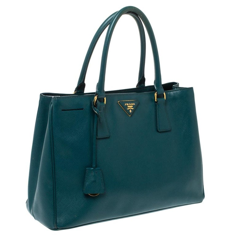 Women's Prada Dark Green Saffiano Lux Leather Medium Galleria Tote For Sale