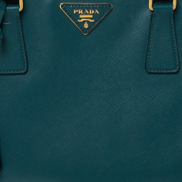 Prada Dark Green Saffiano Lux Leather Medium Galleria Tote For Sale 4