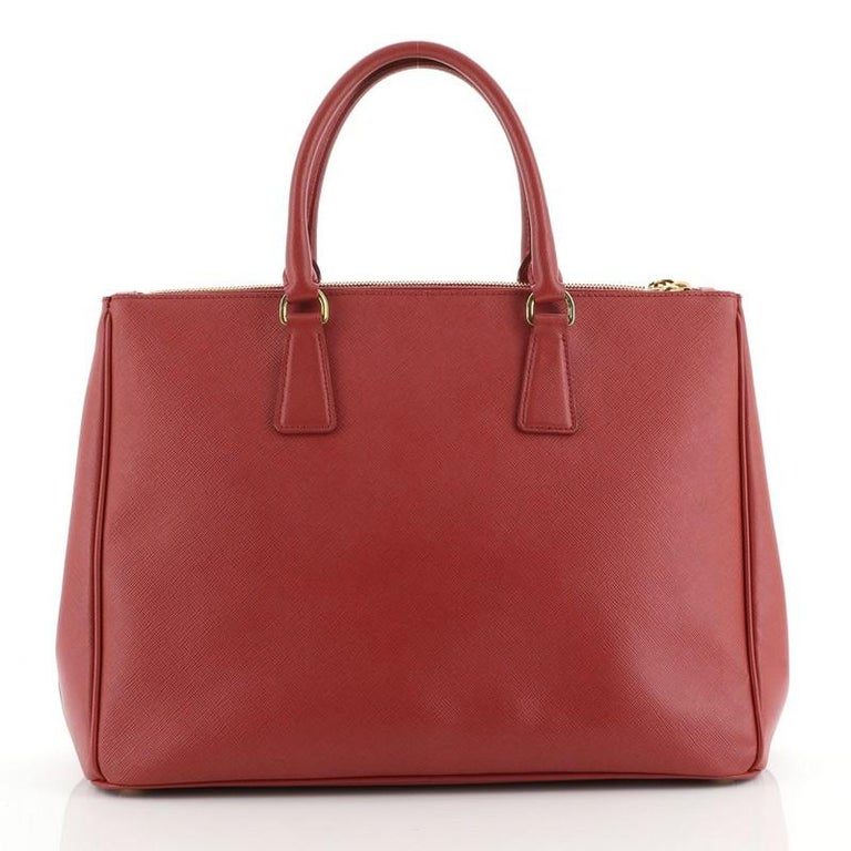 Prada Double Zip Lux Tote Saffiano Leather Large In Good Condition For Sale In New York, NY