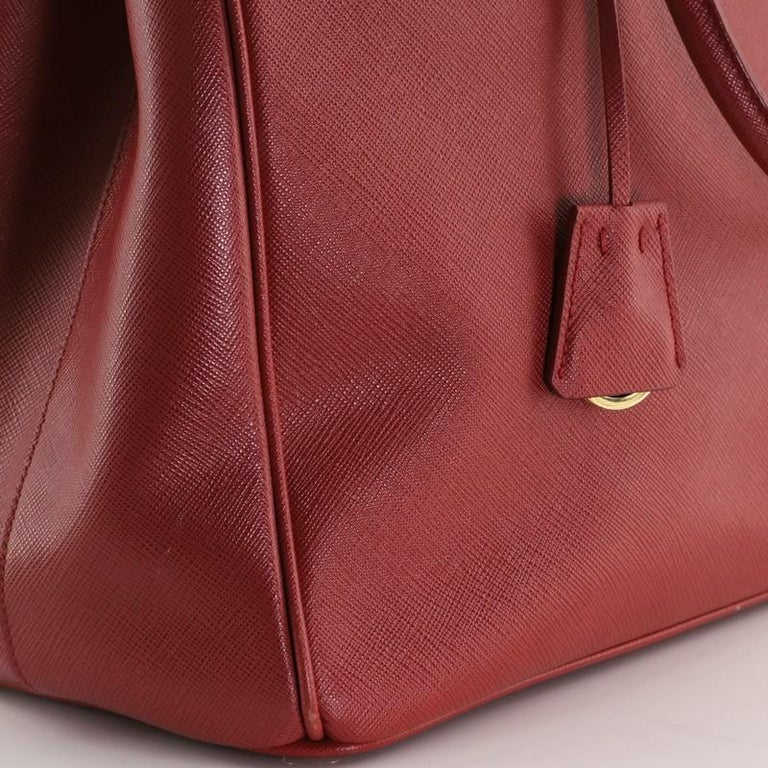 Prada Double Zip Lux Tote Saffiano Leather Large For Sale 2