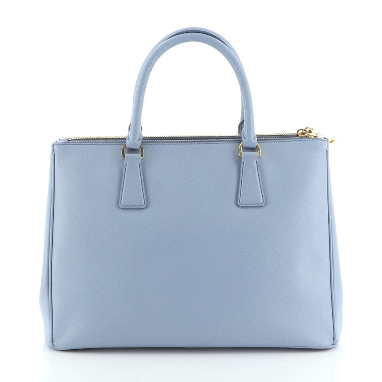 Prada Double Zip Lux Tote Saffiano Leather Medium In Good Condition For Sale In New York, NY