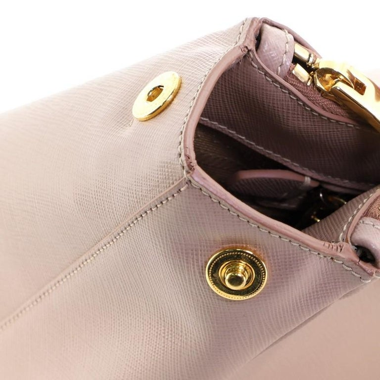 Prada Double Zip Lux Tote Saffiano Leather Medium For Sale 2