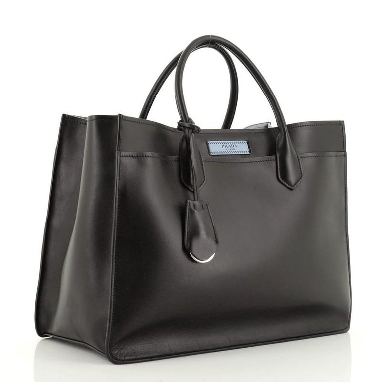 Prada Dual Shopping Tote Calfskin East West In Good Condition For Sale In New York, NY