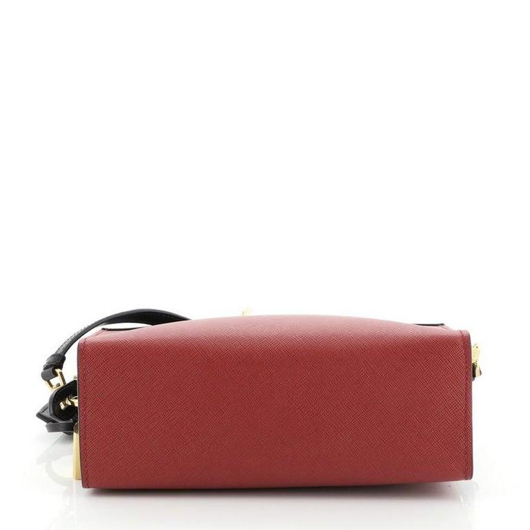 Women's or Men's Prada Esplanade Crossbody Bag Saffiano Leather Small For Sale