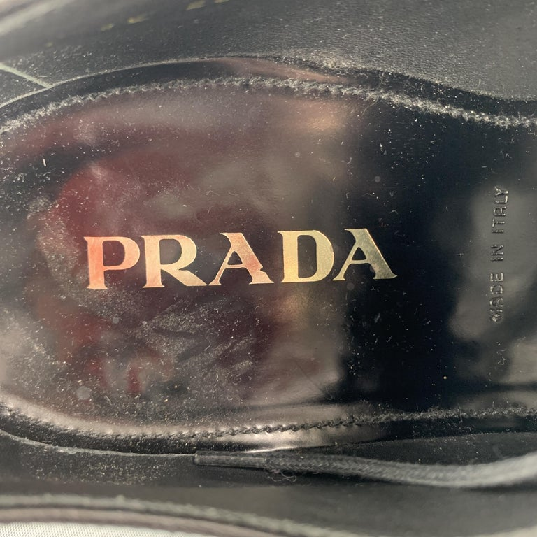 PRADA F/W 09 Size 8.5 Black Studded Leather Cap Toe Lace Up Shoes For Sale 3