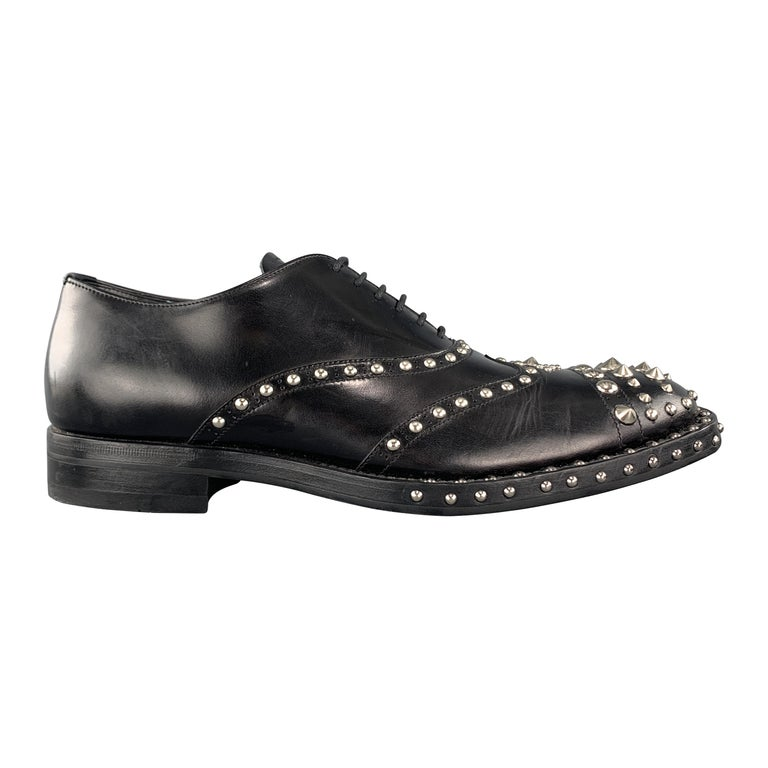 PRADA F/W 09 Size 8.5 Black Studded Leather Cap Toe Lace Up Shoes For Sale