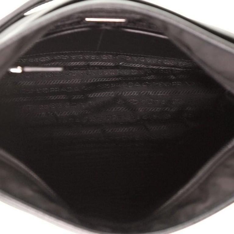 Prada Front Pocket Messenger Bag Tessuto Medium For Sale 2